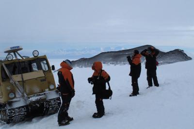 Antarctica Tourism 5.jpg