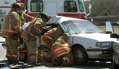 Crash At 56th Highway 2 Kills Woman Local Journalstar Com