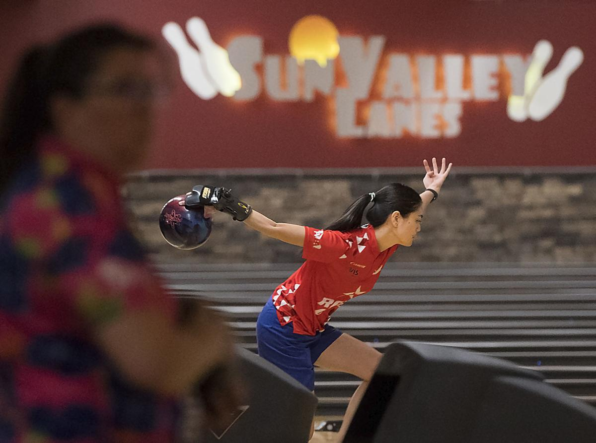 Women's bowling tour brings former Huskers back to Lincoln