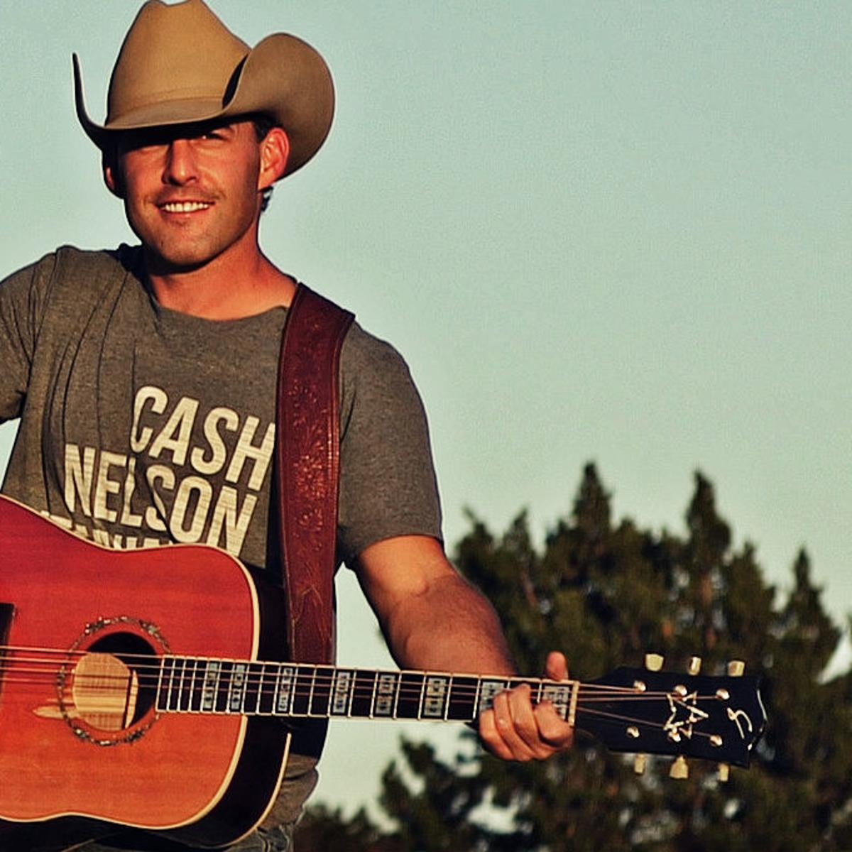 Aaron Watson bringing his best batch of songs to Lincoln on