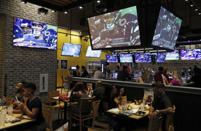 Sports Bar Mobile Game