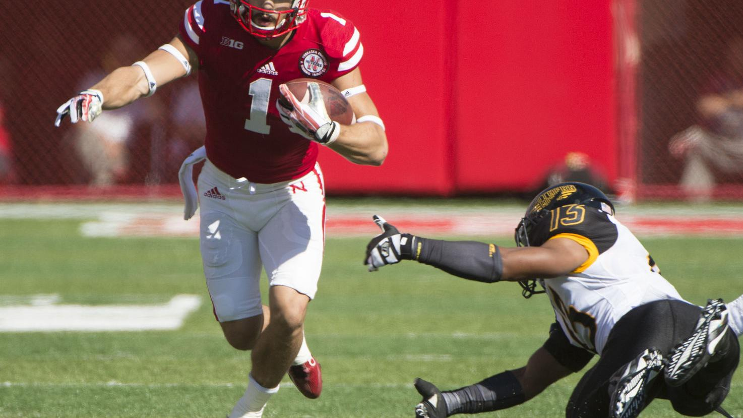 Red Zone Woes Plague Offense That Piles 610 Yards 2015