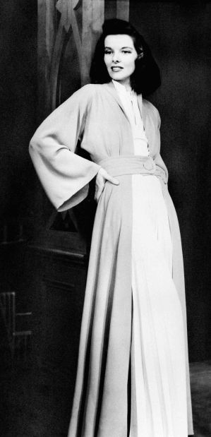 Katharine Hepburn\'s style on view in Omaha fashion and stage ...