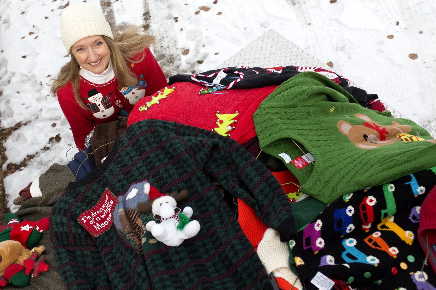 Cindy Lange-Kubick: Behold (and buy) the ugly Christmas sweater ...