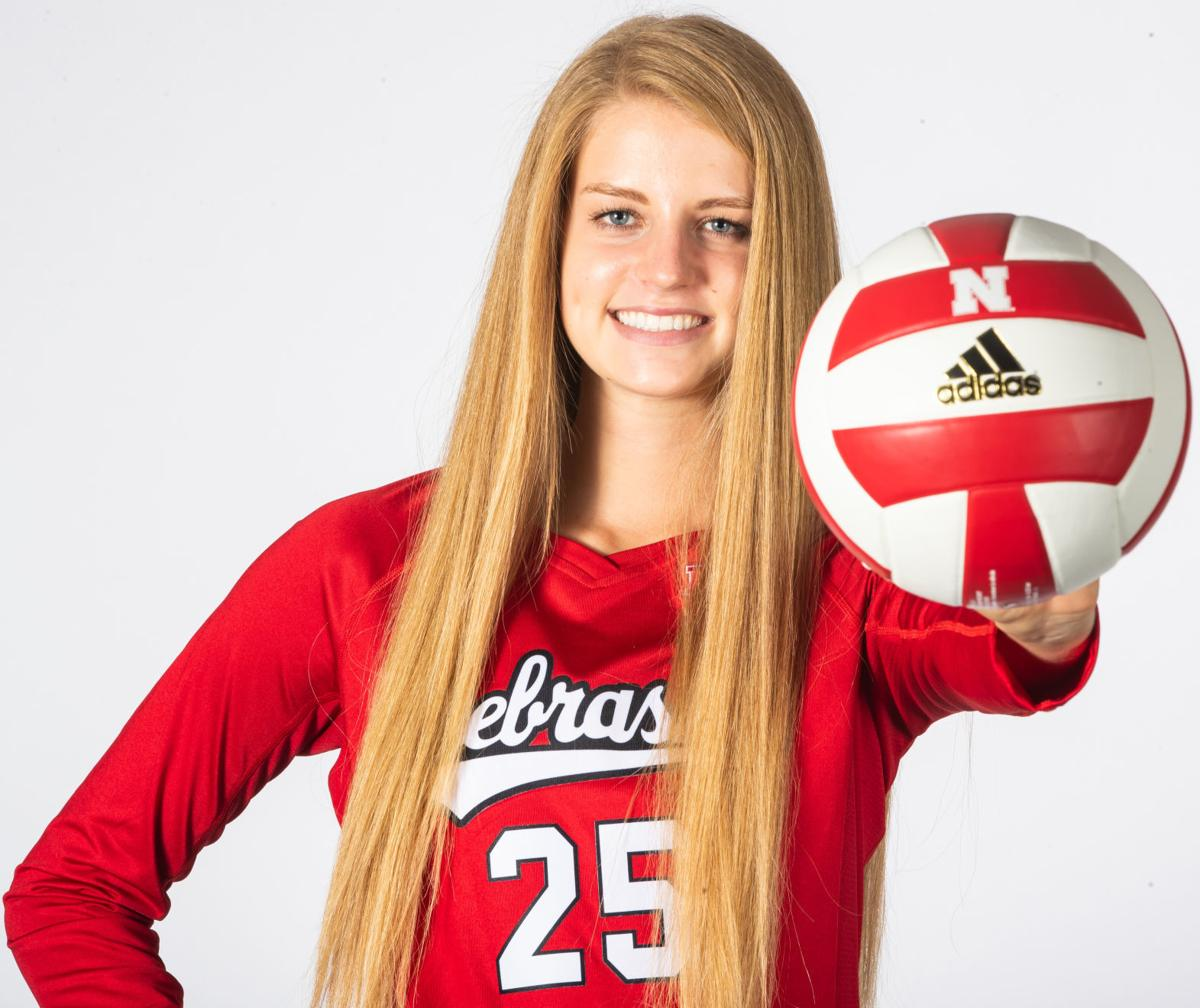 Recruiting Tip For Nebraska Volleyball S Schwarzenblock Came From