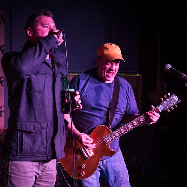 Karaoke Christmas Musical.Duffy S Band To Celebrate 20 Years Of Live Karaoke Christmas