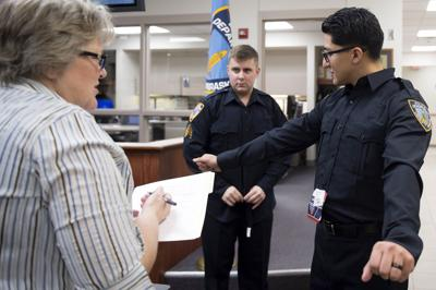 Fingerprinting Police Recruits, 01.09.2018