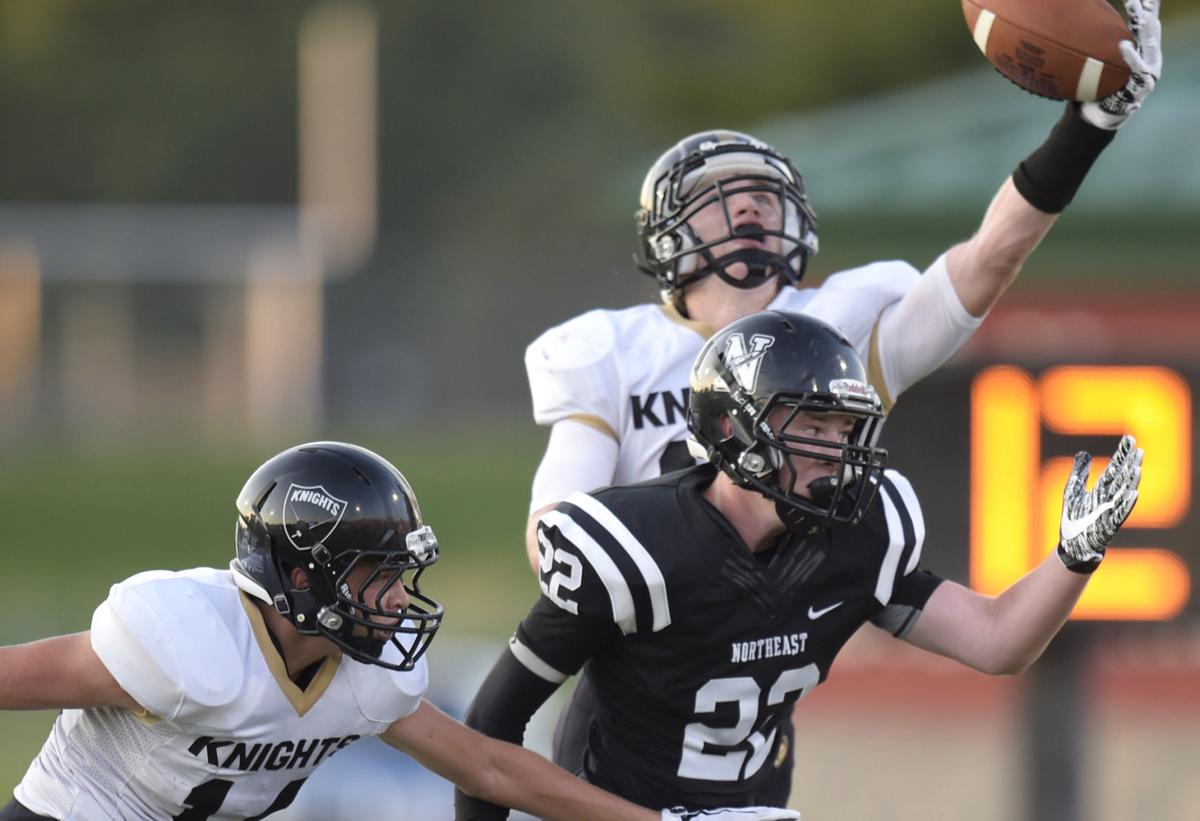 Lse Sophomore Isaac Gifford Gets Close Look At Huskers