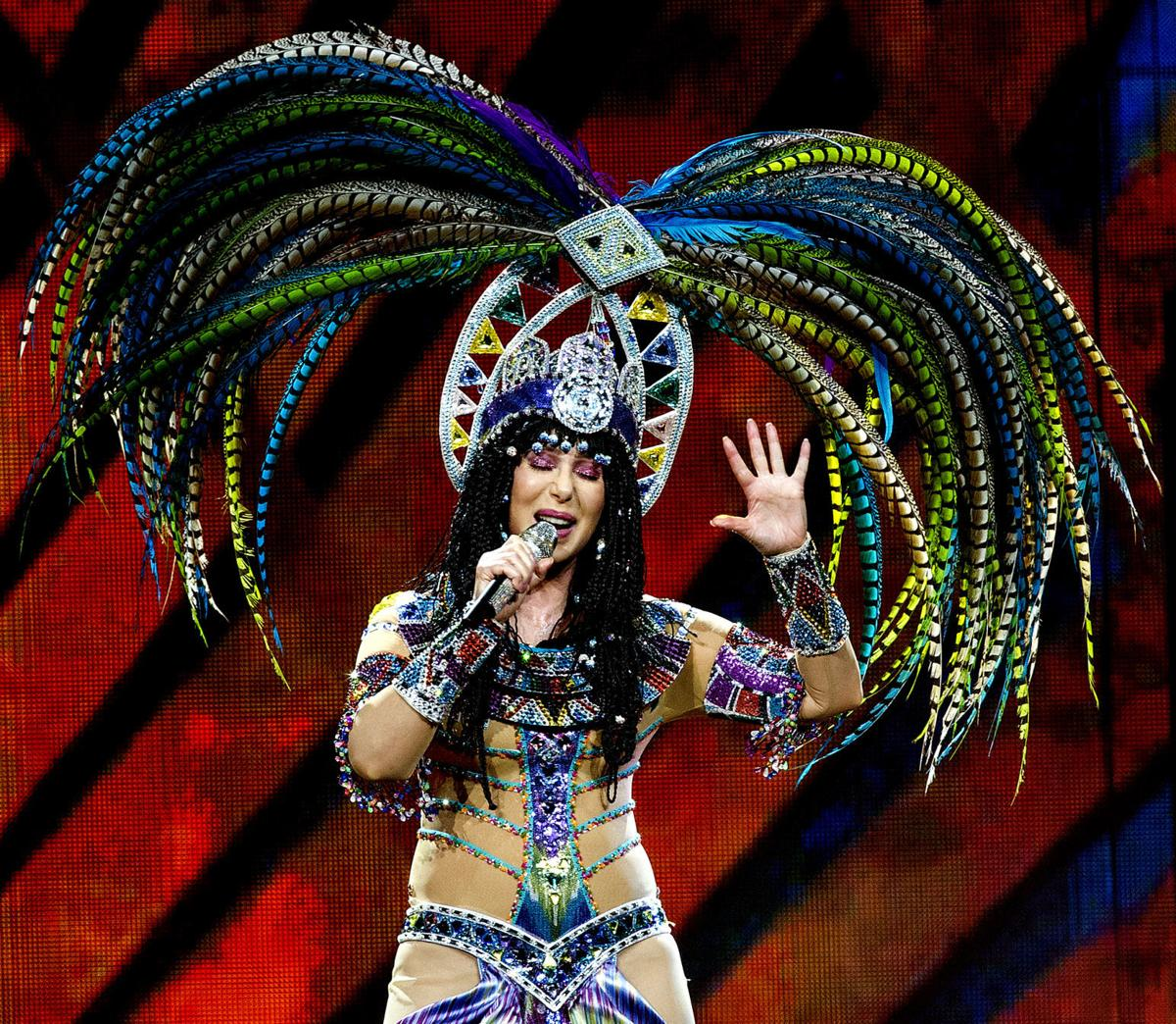 Consummate Entertainer Cher Has A Blast At Cool Omaha Concert