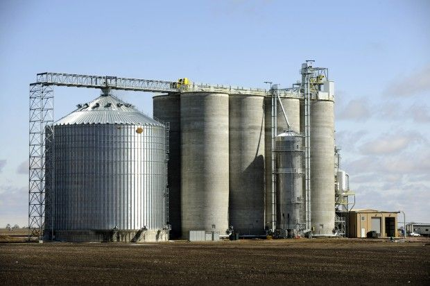 Collapsed grain silo rebuilt, elevator opens for harvest | State and