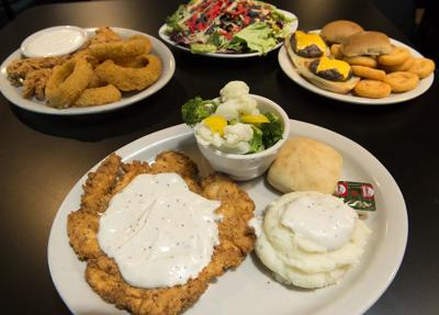 Big Red Sports >> Dining Review Big Red S East Location A Big Success