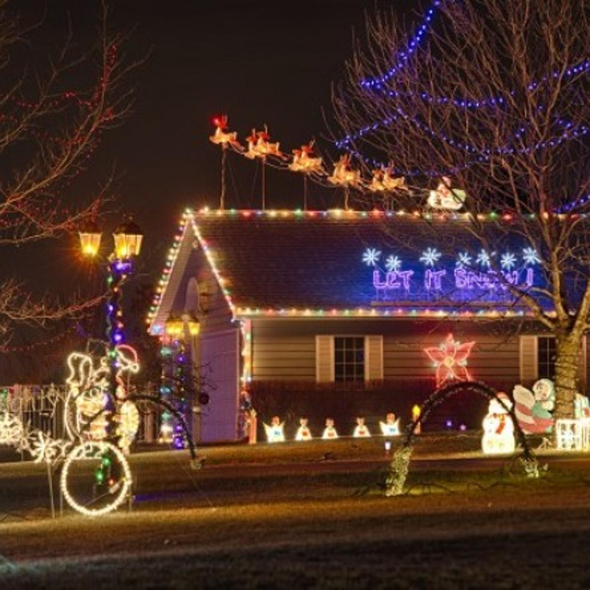 112th Lincoln Ne Christmas Lights 2019 Radio Station Light display a family affair at Bayer home | Local | journalstar.com