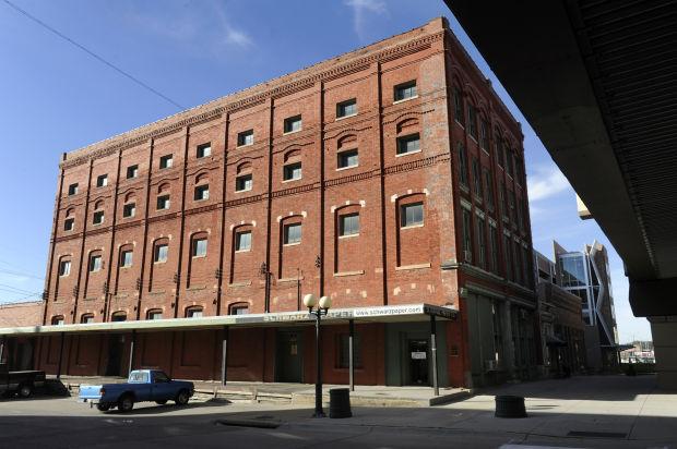 Schwarz Paper building