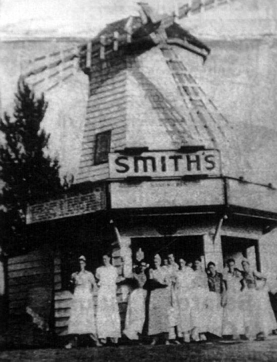 Smith's Cafe