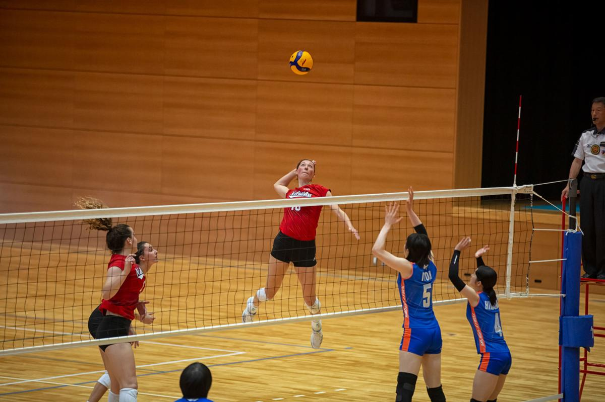 Madi Kubik in Japan