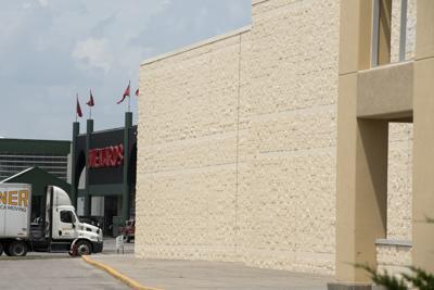 Menards to turn north Lincoln Shopko store into storage