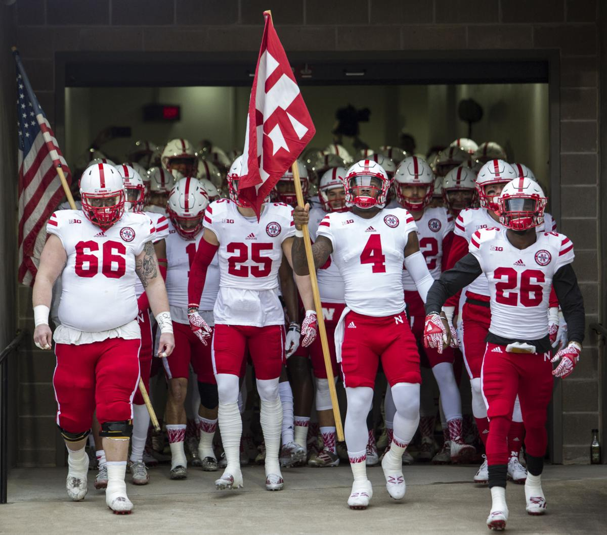 Huskers draw Vols in bowl game in Nashville; QB injury ...
