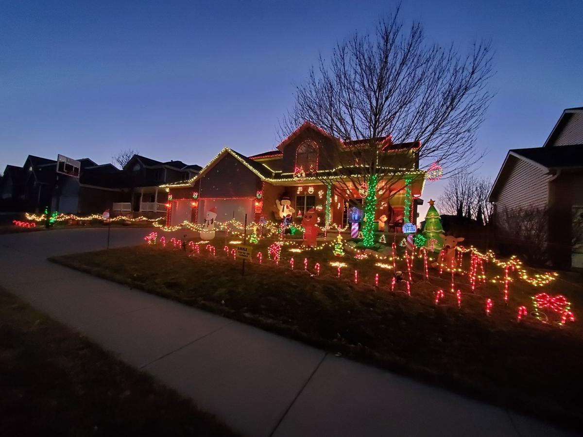 Springfield Mo 2021 Christmas Neighborhood Home Tours Check Out These Holiday Lights Displays In Lincoln Home Garden Journalstar Com