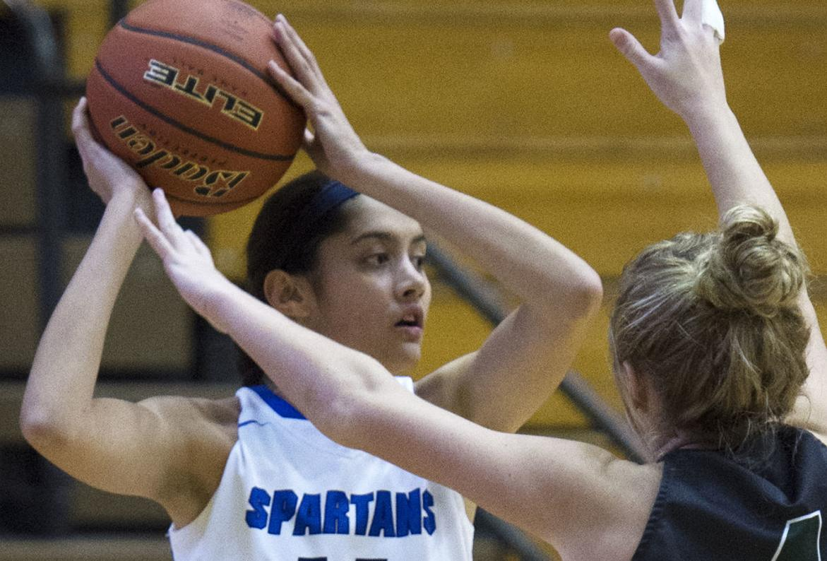 Lincoln Southwest vs. Lincoln East, HAC girls final, 12/30/17