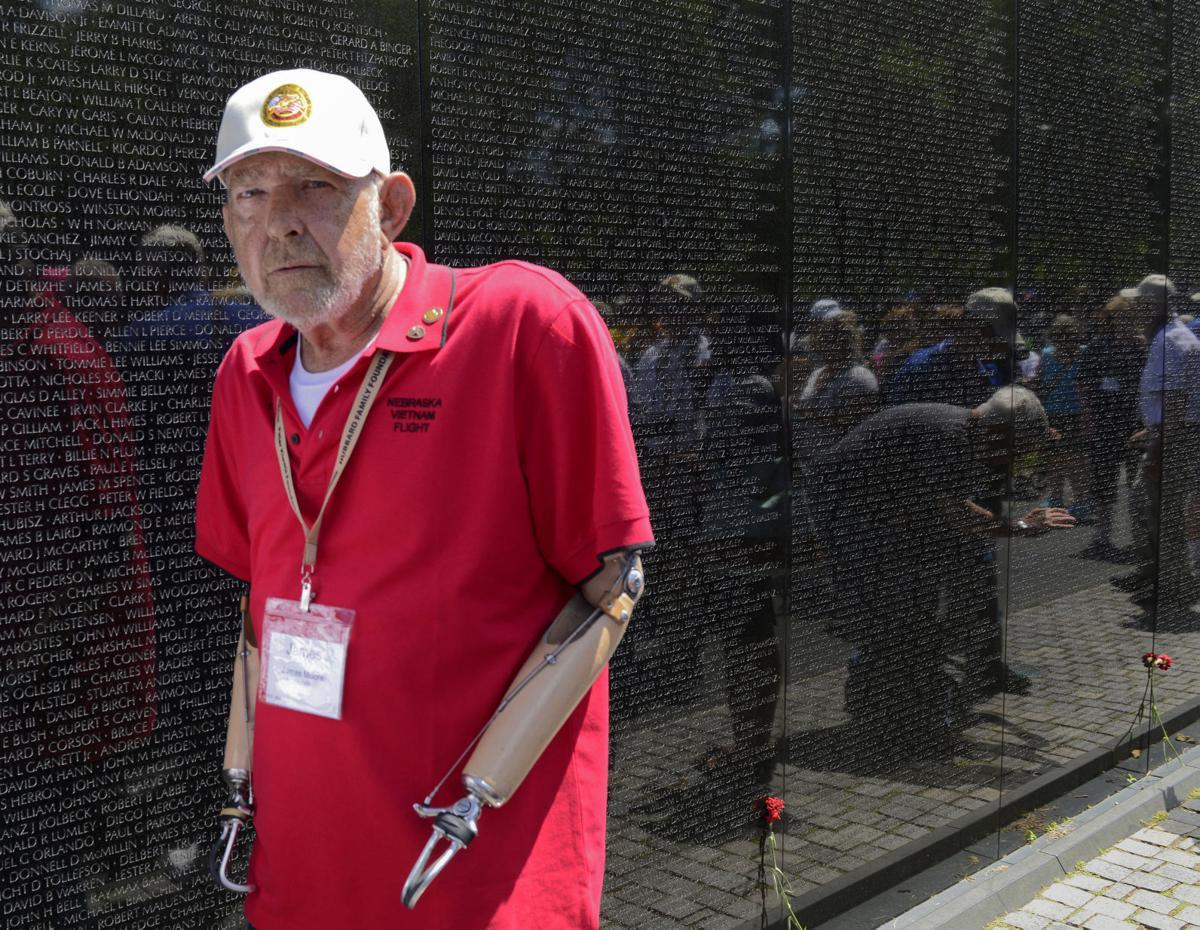 A memorable trip to Vietnam Veterans Memorial  a2169eba0e2b
