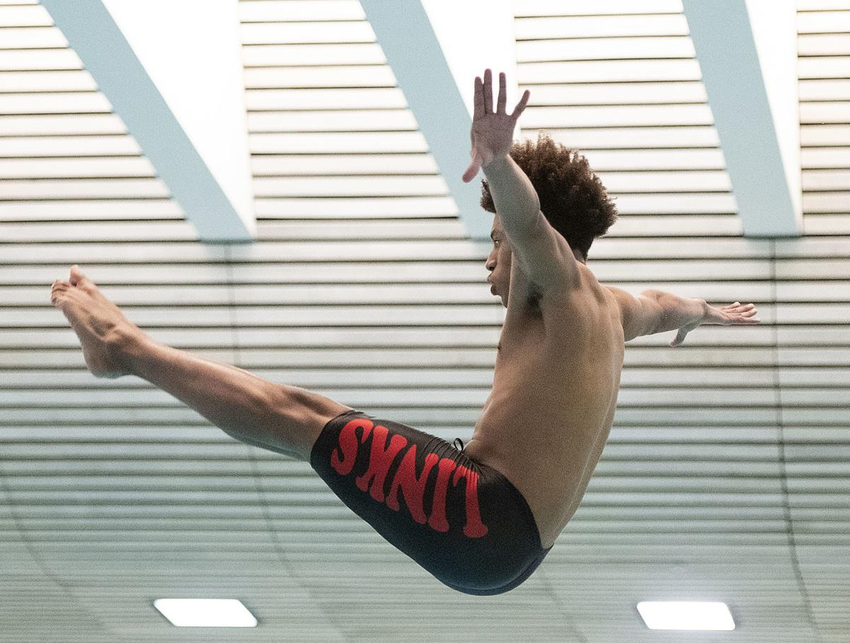 Heartland Athletic Conference diving, 2.13