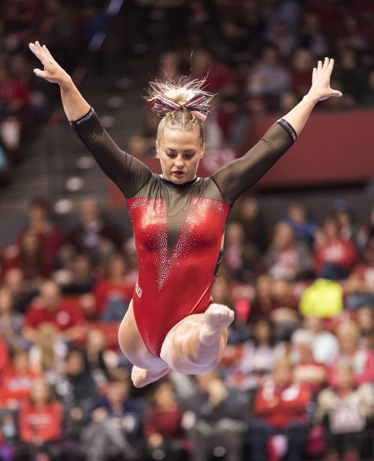 Husker women gymnasts finding the right balance on beam  db2a3b192