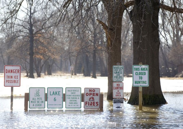Platte River ice jam strands campers, causes flooding near