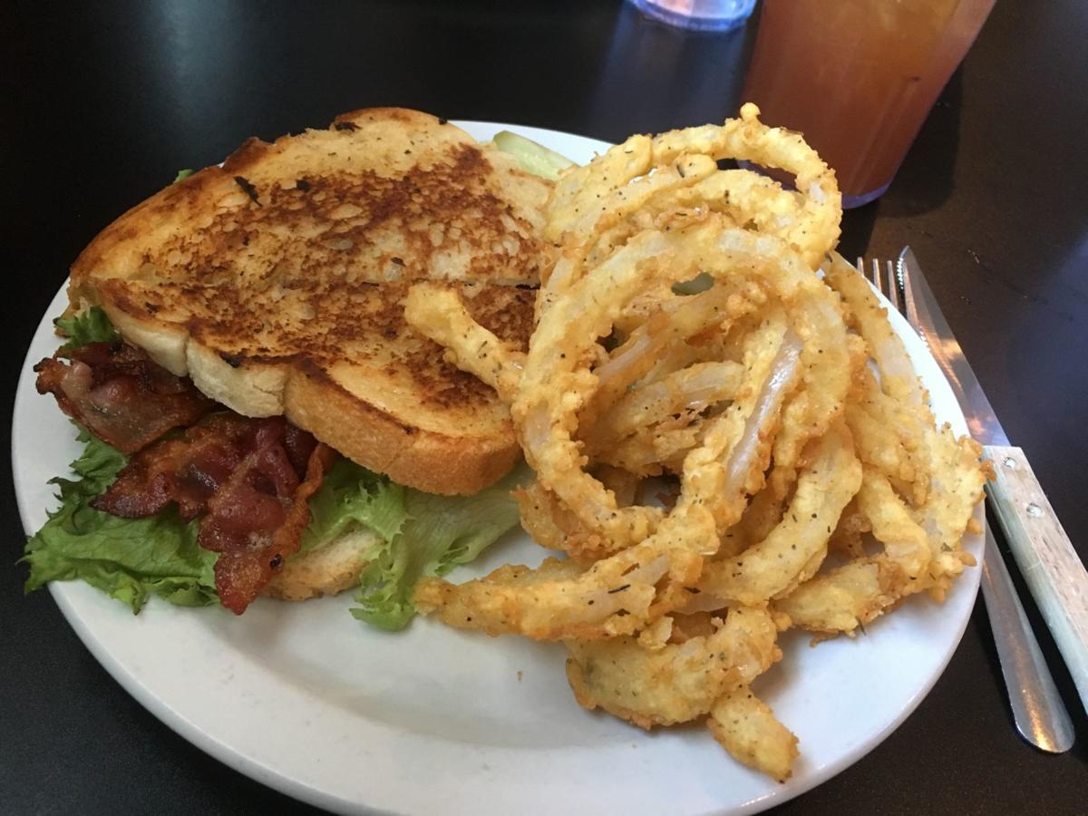 Dining Review Go To Kerry S In Mccool For The Onion Rings