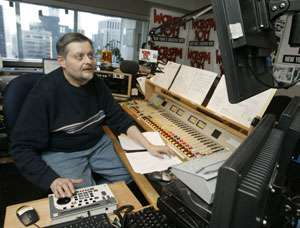 Hits from '80s are joining 'oldies' on classic radio
