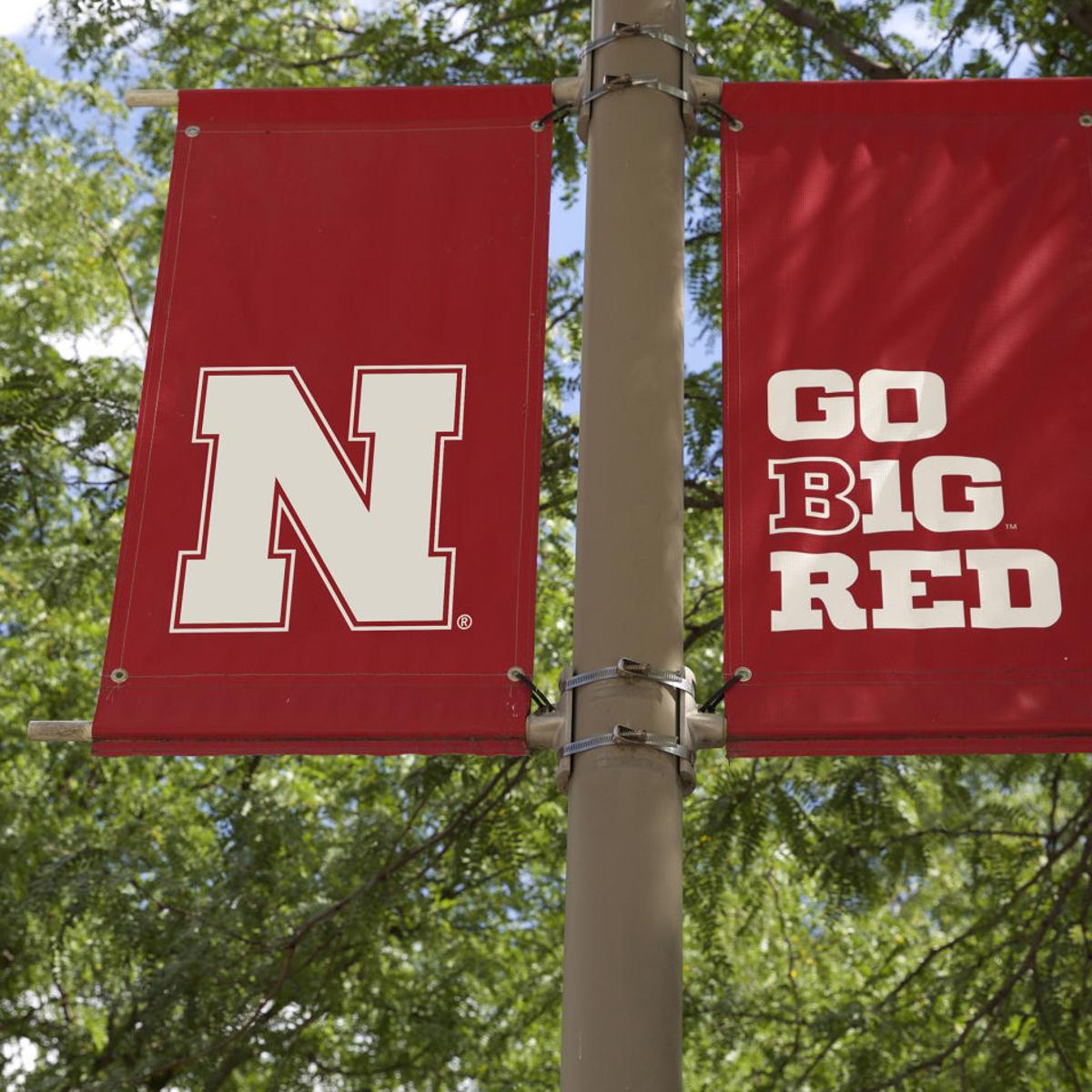 Nearly 3,000 degrees awarded during UNL commencement exercises