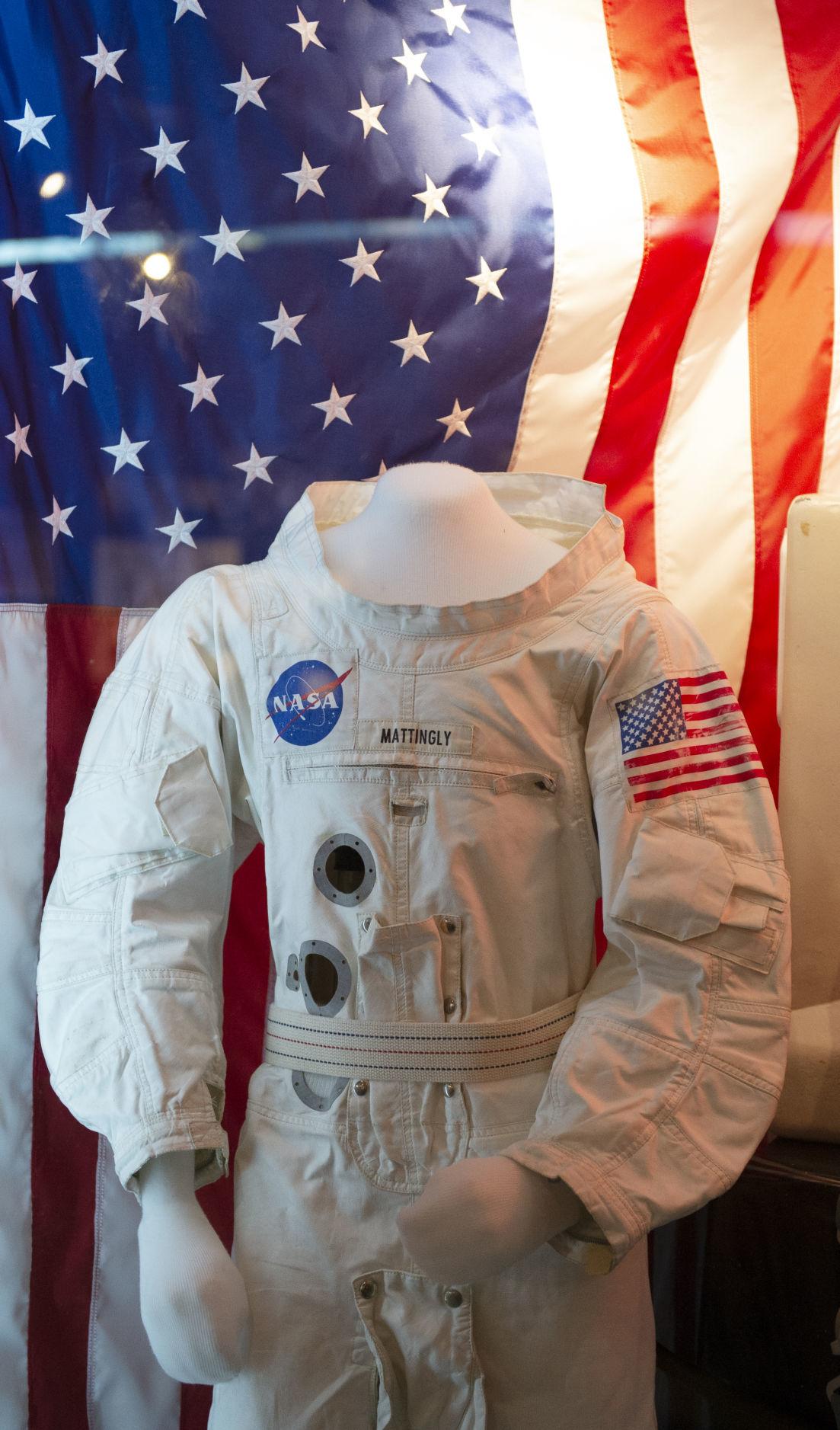 SAC Apollo Exhibit, 7.12