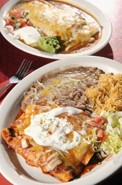 Holiday eats: Restaurants open on Christmas   Dining   journalstar.com