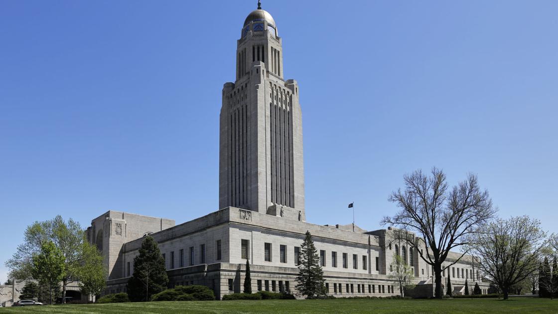 Nebraska lawmakers now accepting online comments about bills