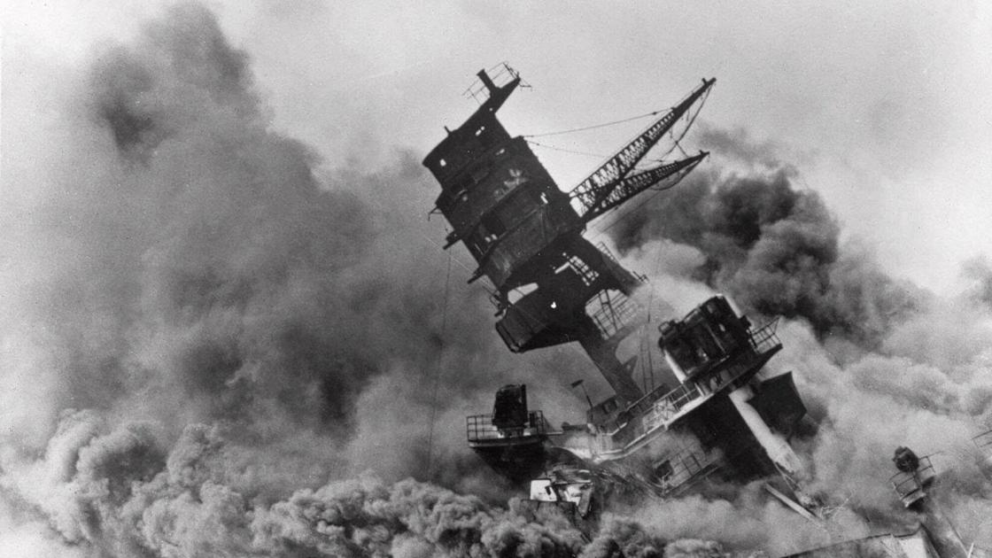 journalstar.com: 50 historical photos of the attack on Pearl Harbor