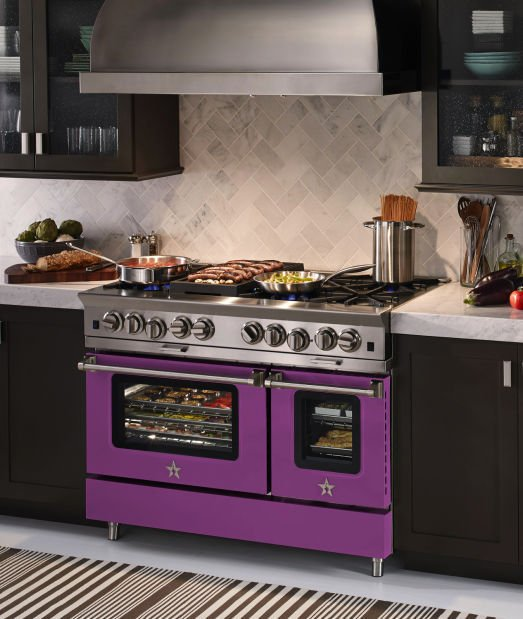 A Purple Stove Cook Up Some Color For A Kitchen That Pops