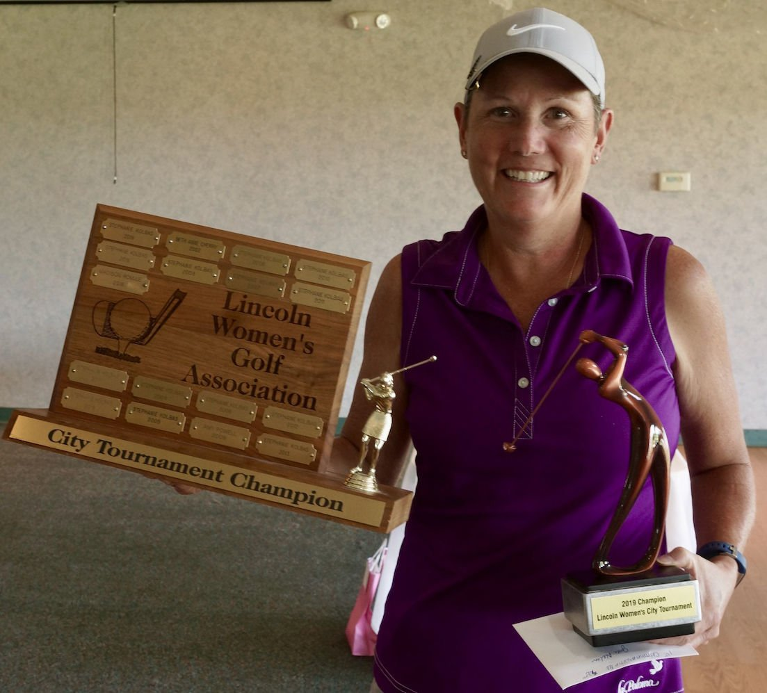Women's City Golf Tournament champion Jodi Nelson