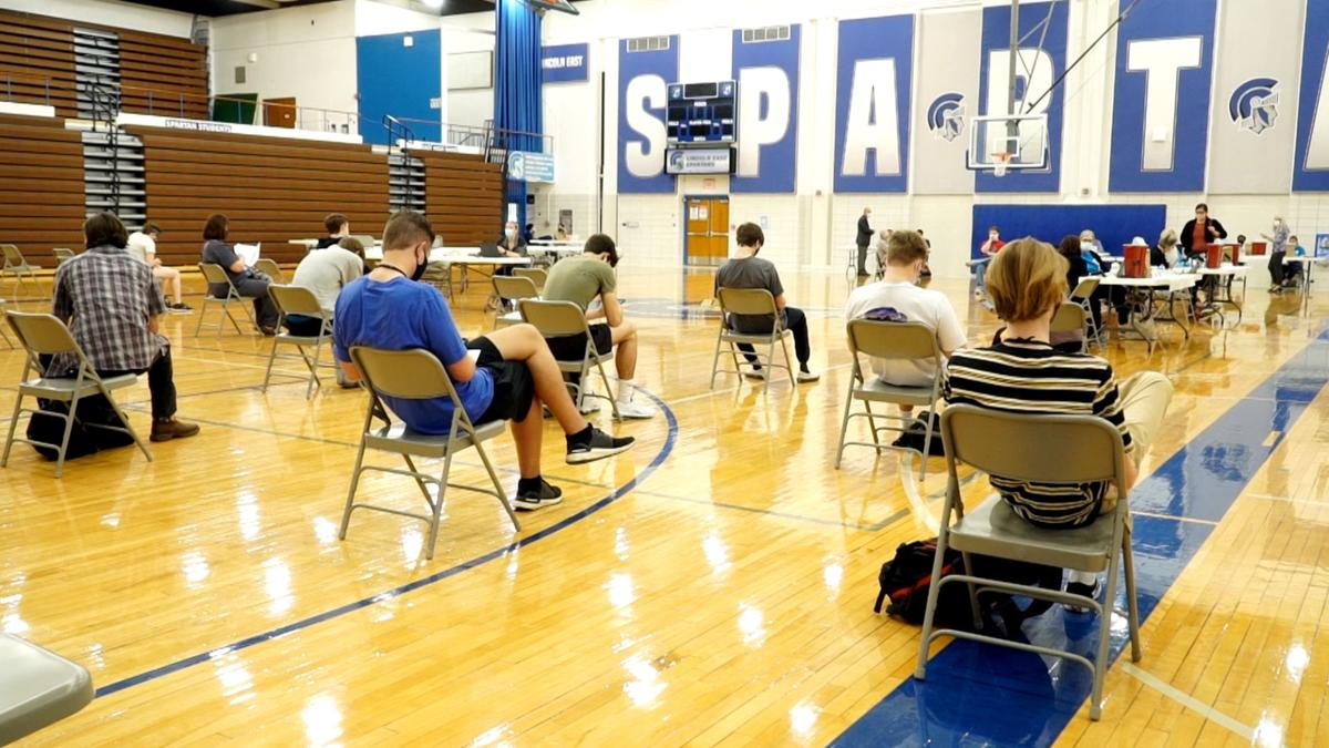 Vaccination clinic at Lincoln East