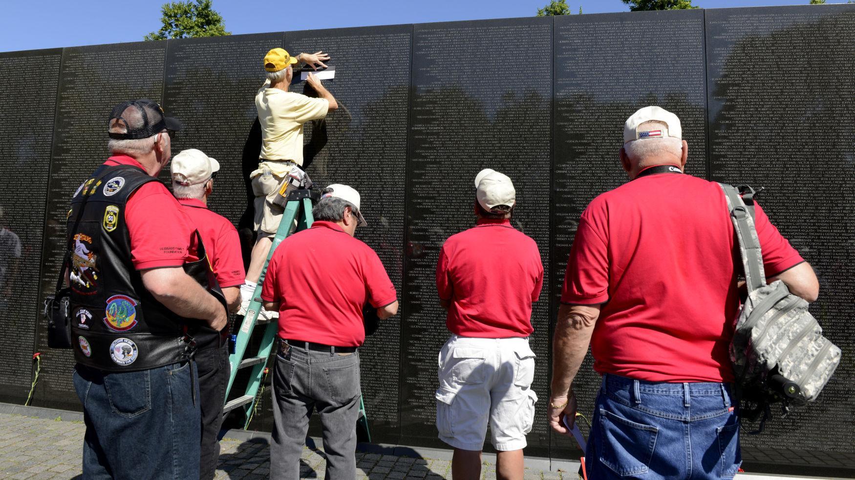 Nebraska Vietnam Combat Veterans Flight members tour Washington, DC