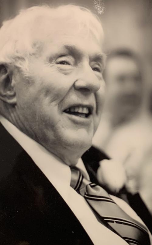 Dean G. Kratz