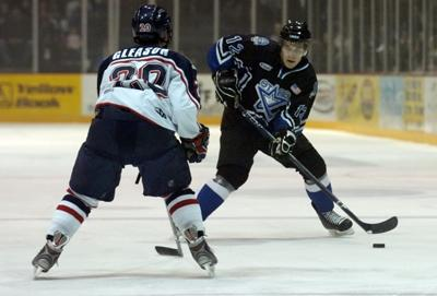 Brothers Square Off At Ice Box Sports Journalstar Com