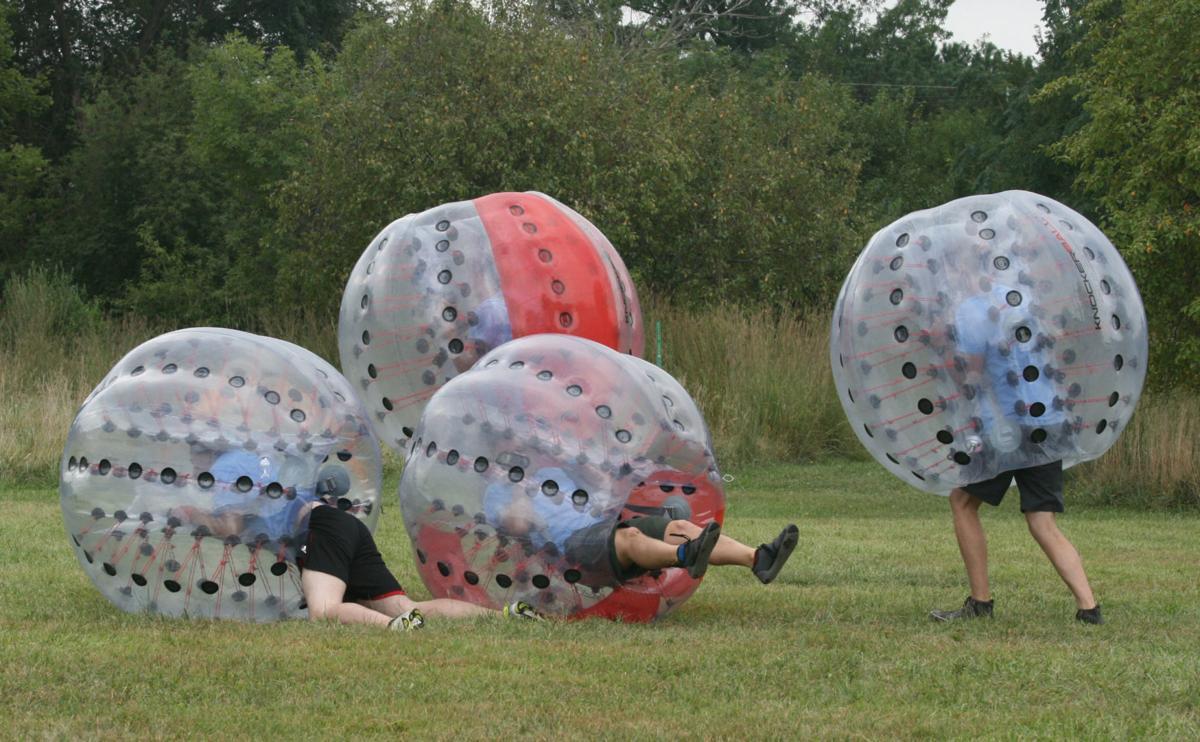 Amazing Chase - human soccer balls