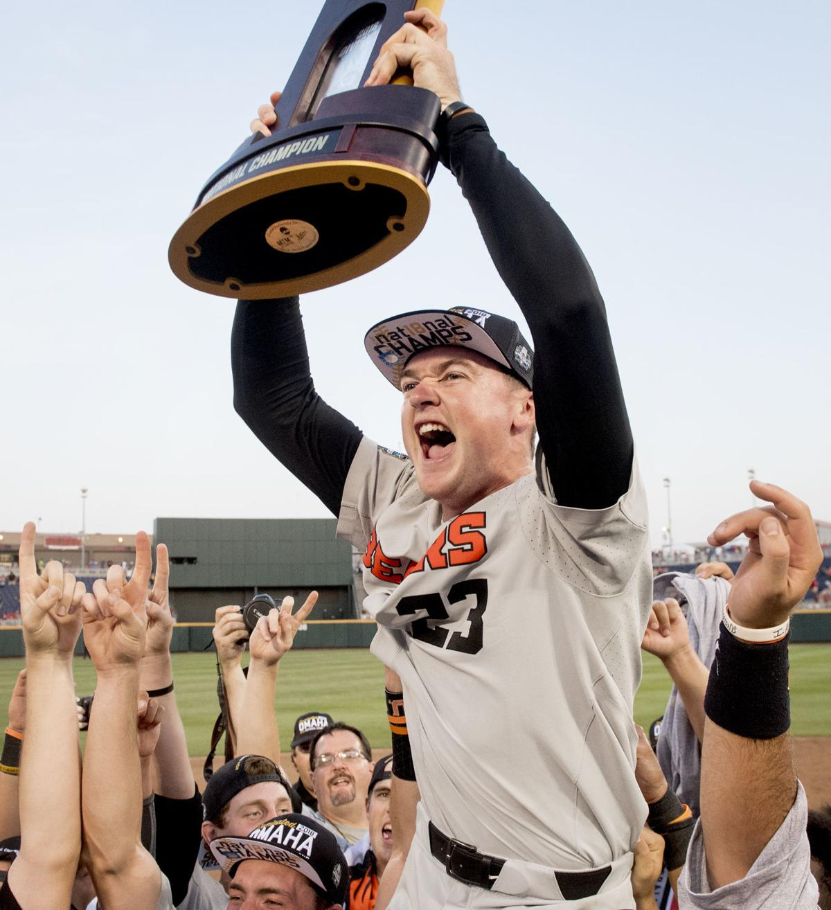 Photos: Beavers complete comeback with CWS title | Baseball