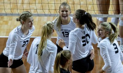 Class B state volleyball, Norris vs. Omaha Skutt, 11.8