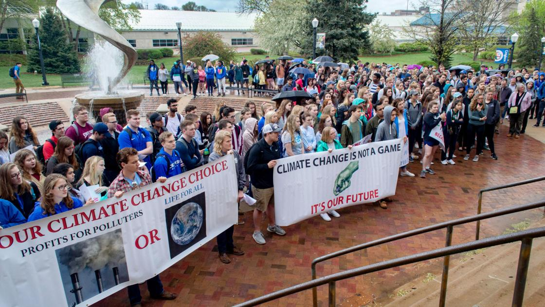 Creighton commits to full divestment from fossil fuels, going beyond target set by students