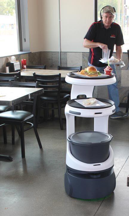 Restaurant robot 5.jpg