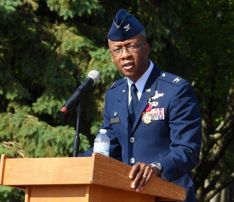 Col. Gavin Marks