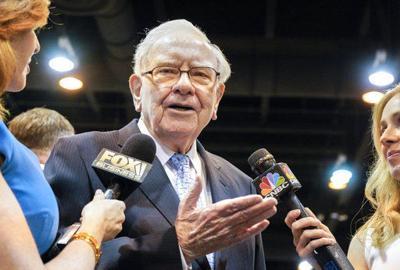 Warren Buffett deflects questions about a successor