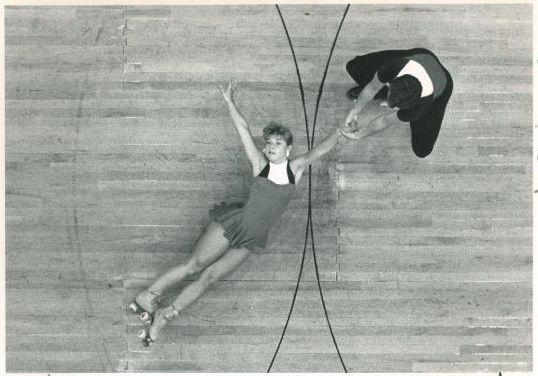 Swinging Skater