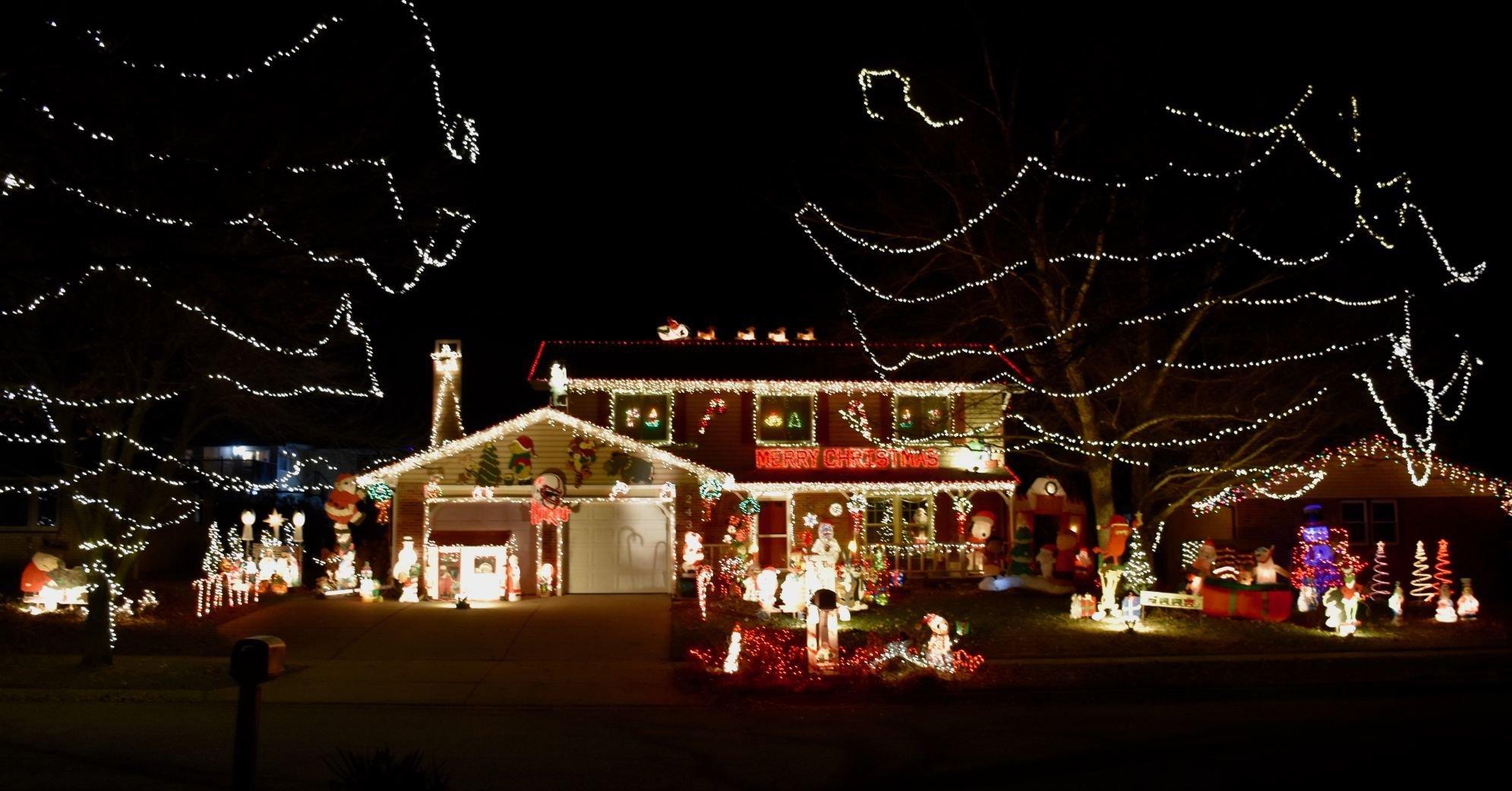 Large Christmas LED Light Up Snowglobe Snow Scene and Snow Storm Xmas Decoration