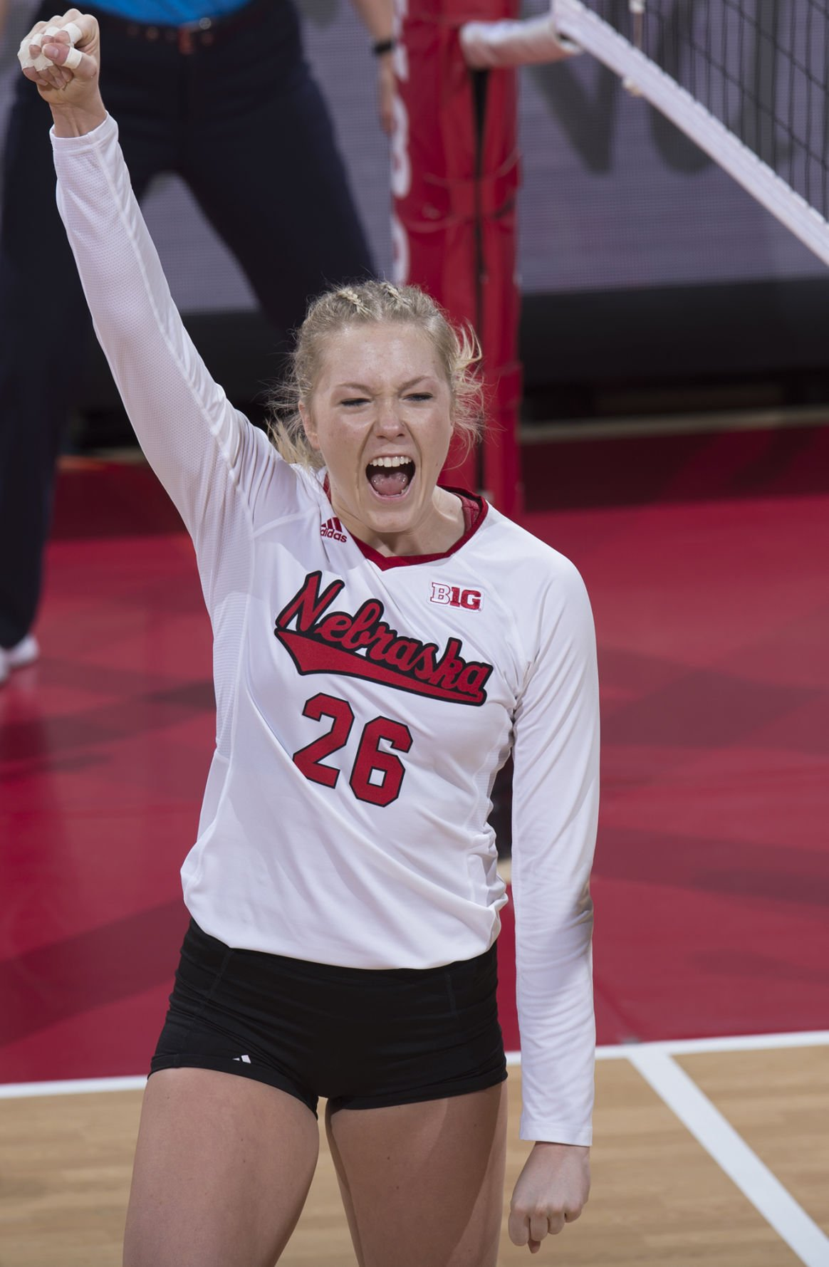 Nebraska Volleyball Team Has Remained Focused While Playing Teams At The Bottom Of The Standings Volleyball Journalstar Com